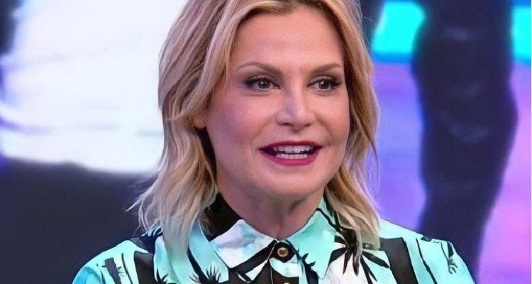 Simona Ventura sorriso