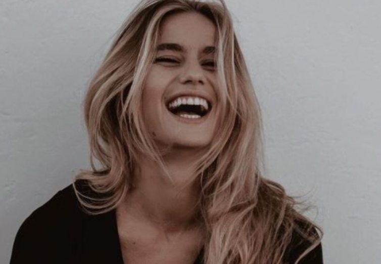 Cristina Marino sorriso