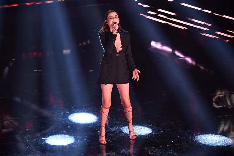 Annalisa Scarrone sul palco di Sanremo