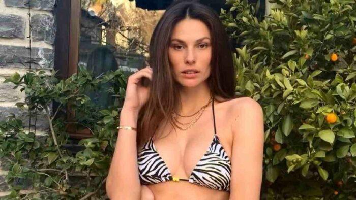 Dayane Mello in bikini