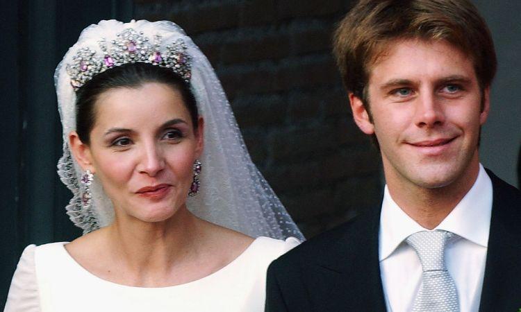 Emanuele Filiberto di Savoia e la moglie Clotilde Courau il giorno delle loro nozze a Roma