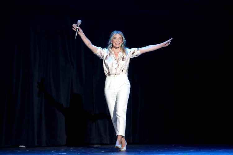 Hilary Duff sul palco
