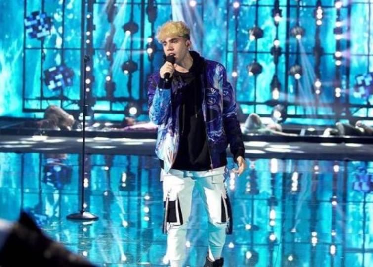 Amici 20, il cantante Aka7even