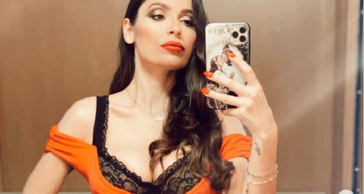 Alessia Macari selfie