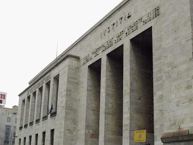 Tribunale di Milano sentenza svolta