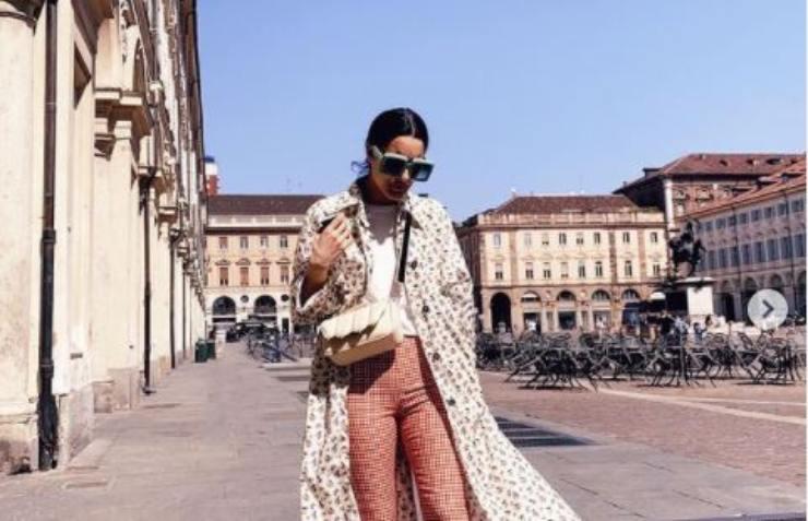 La cantante a spasso per Torino