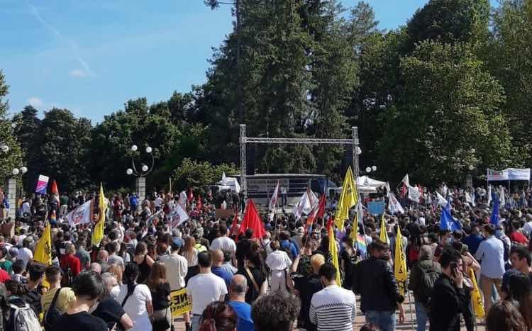Manifestanti Ddl Zan a Milano