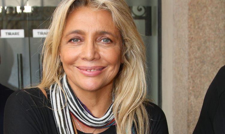 Mara Venier sorride