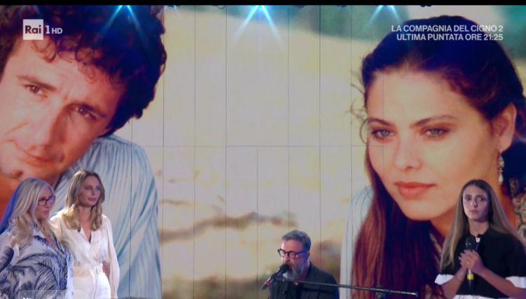 Marco Masini e Ginevra Nuti cantano