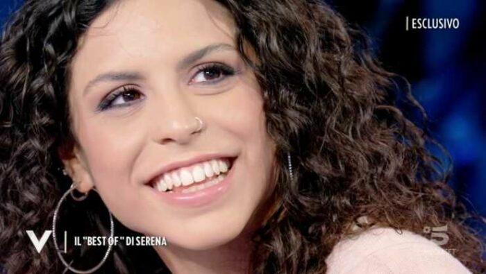 Serena sorride