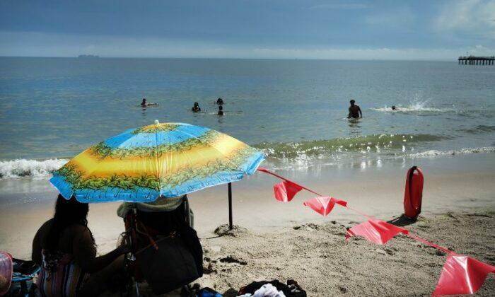 Spiaggia con delimitazione dell'area a causa Covid