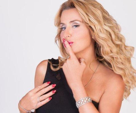 Valeria showgirl italiana