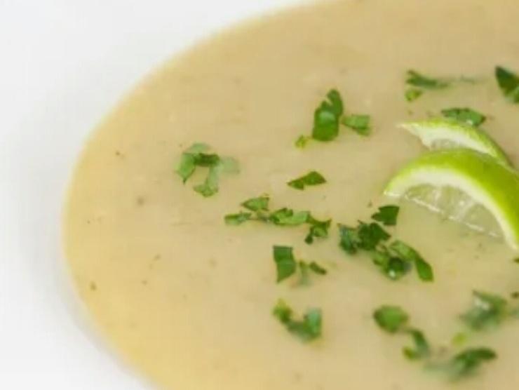 zuppa fredda con cetrioli