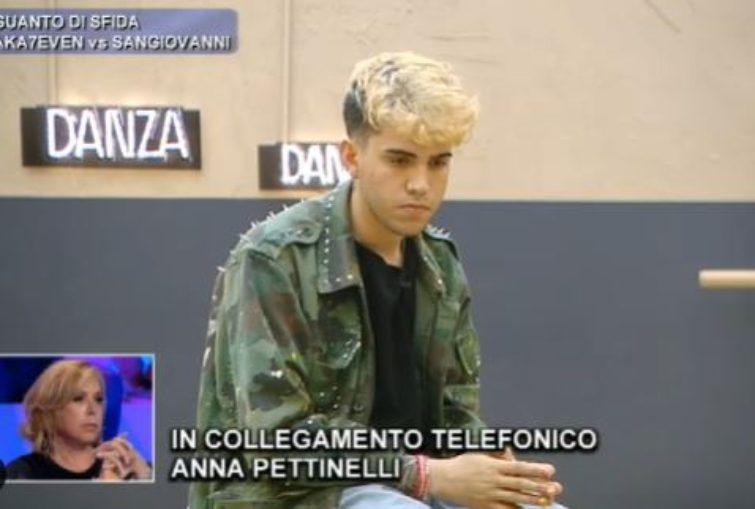 Aka7even discussione con Anna Pettinelli