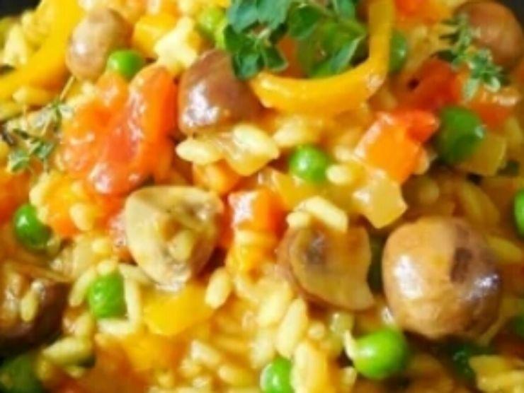 primo piatto con riso e verdure