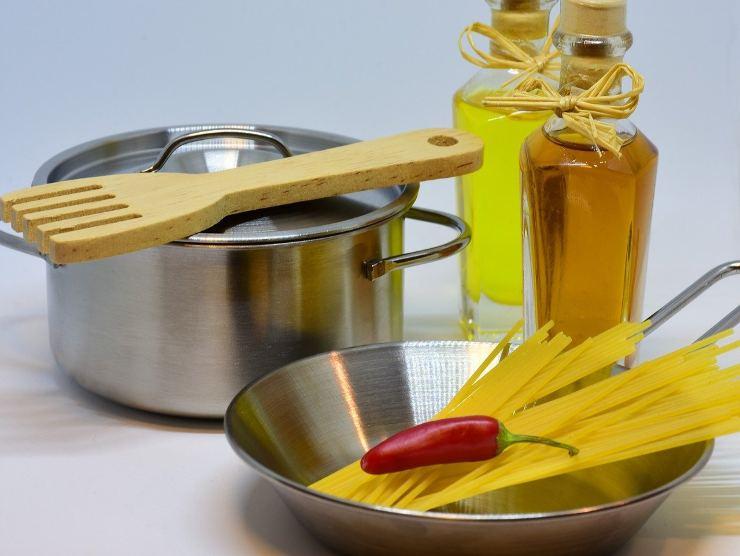 ingredienti spaghettata di mezzanotte
