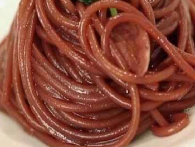 spaghetti vino rosso