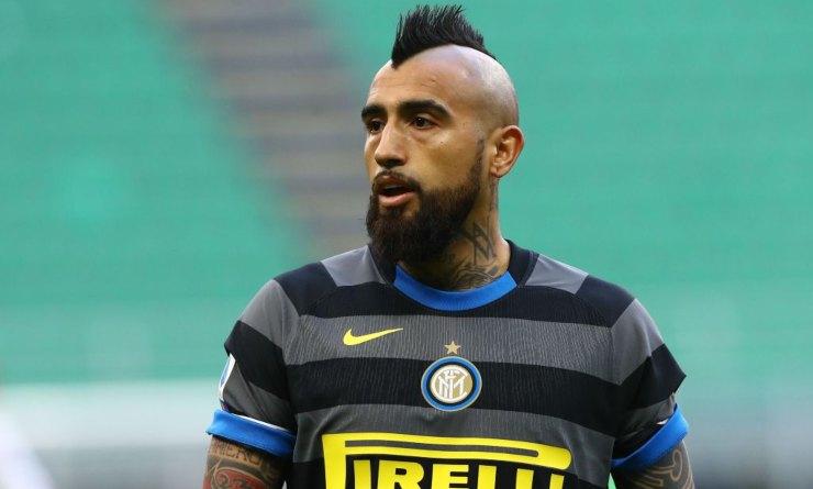Arturo Vidal con la maglia dell'Inter