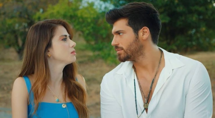Can Yaman nella serie mr wrong