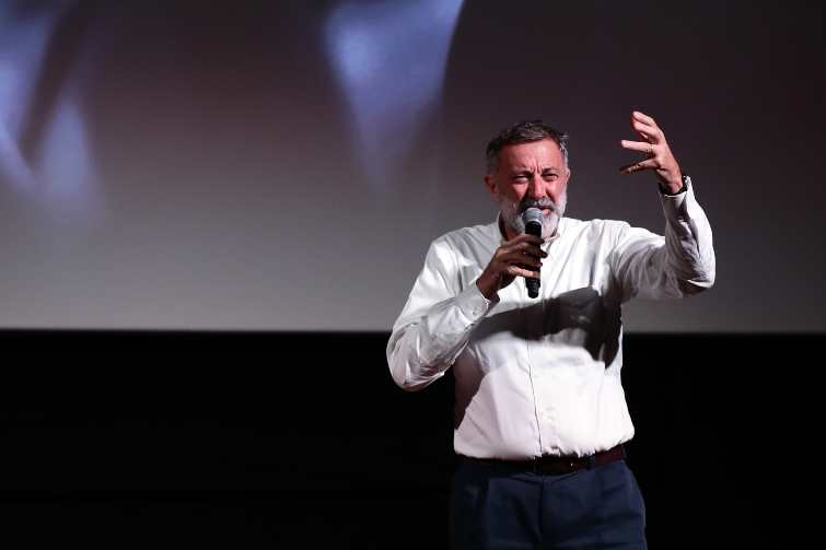 Luca BArbareschi a teatro