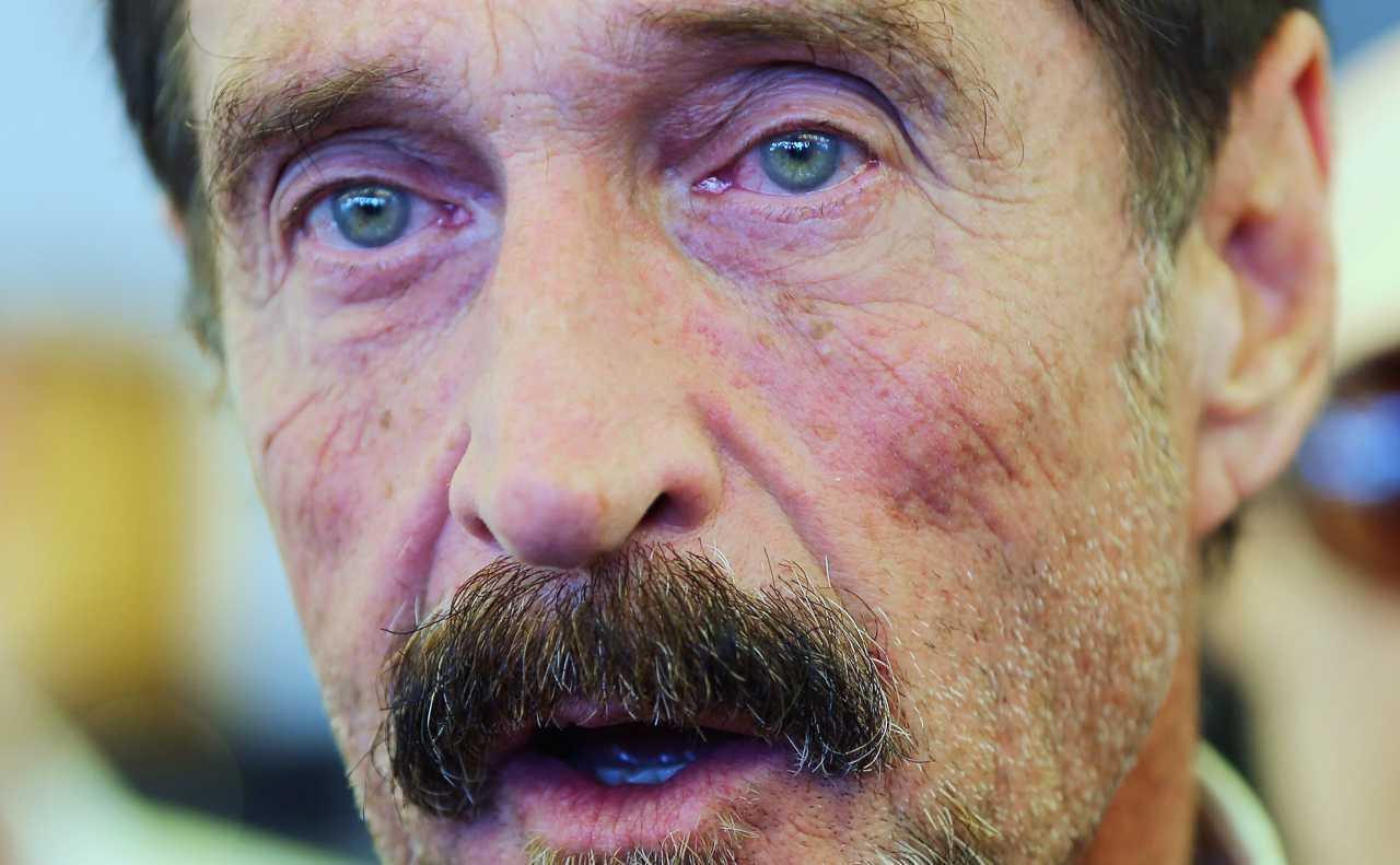 John McAfee trovato morto in cella