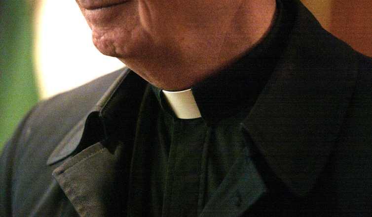 Un ex conduttore rai diventa sacerdote