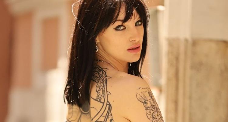 Jessica Antonini in posa