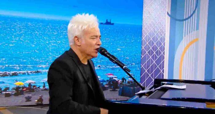 Marcello Cirillo canta