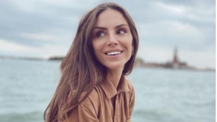 Nina, modella e showgirl serba