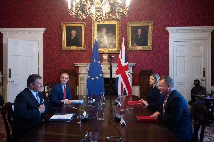 Tavolo rappresentanti UE UK