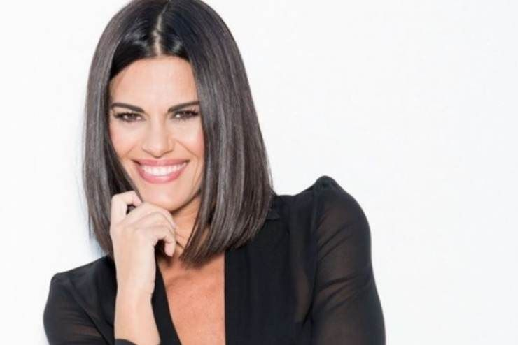 Bianca Guaccero sorride