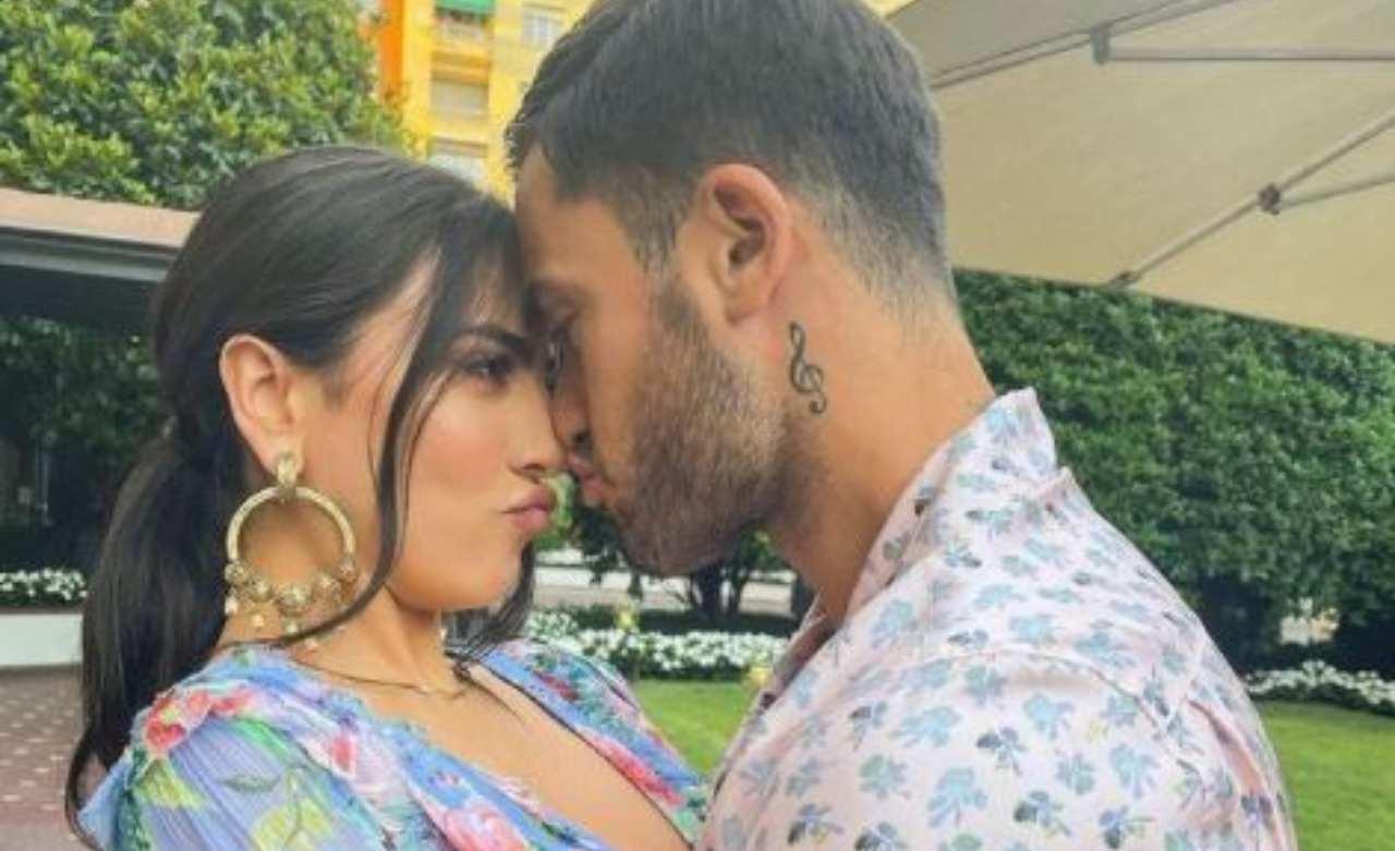 Pierpaolo Pretelli e Giulia Salemi bacio