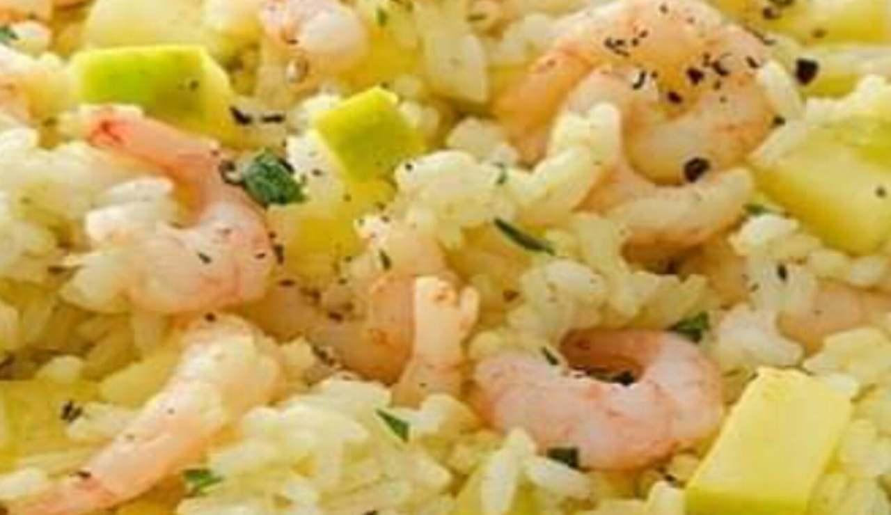 insalata di riso fresca