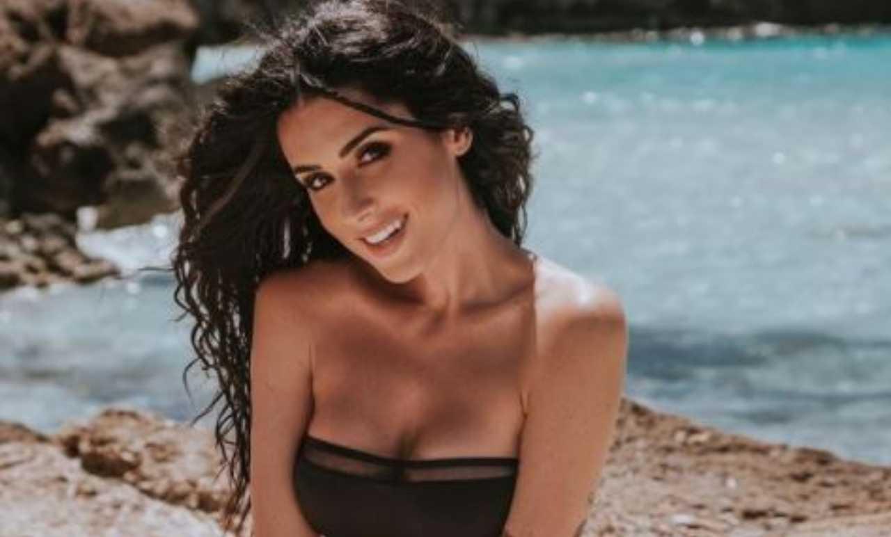 Valentina Vignali bikini