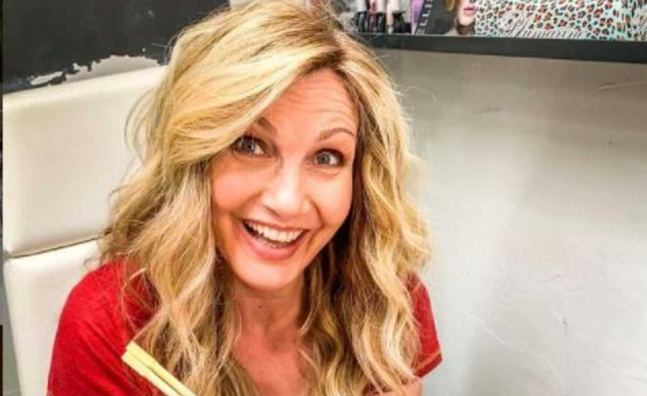 Lorella Cuccarini sorriso