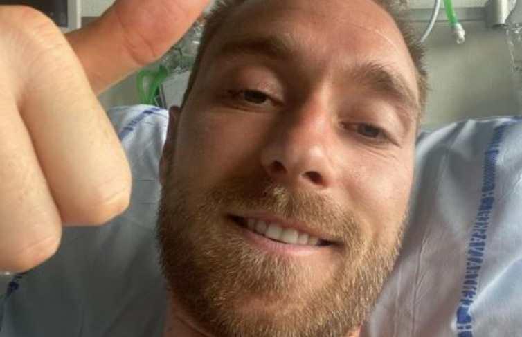 Christian Eriksen selfie dall'ospedale
