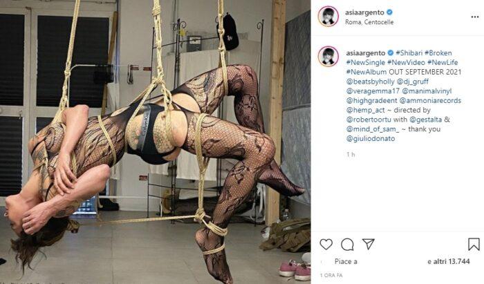 Asia Argento post Instagram