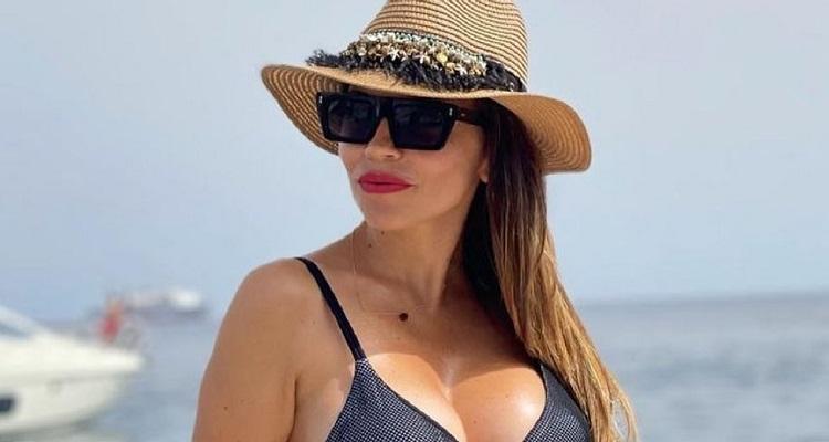 Flora Canto bikini