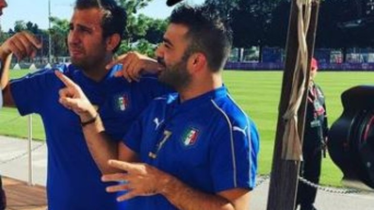 I due comici tifano Italia