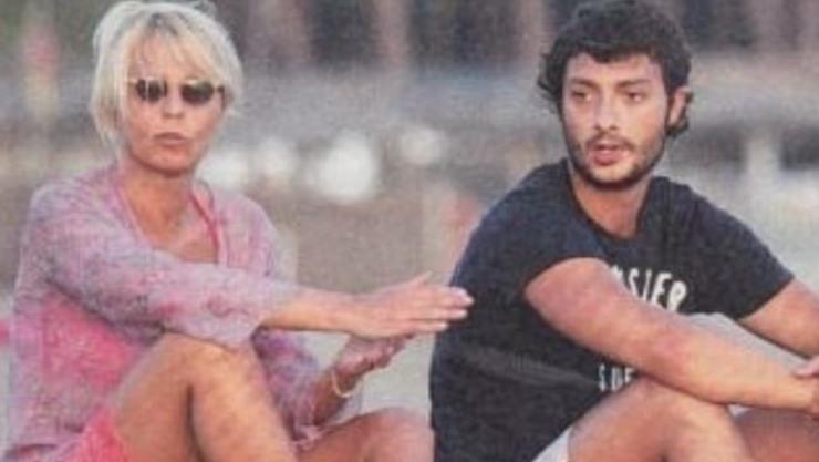 La De Filippi insieme a suo figlio Gabriele Costanzo