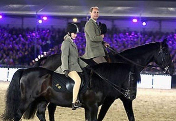La Lady a cavallo fin da piccola