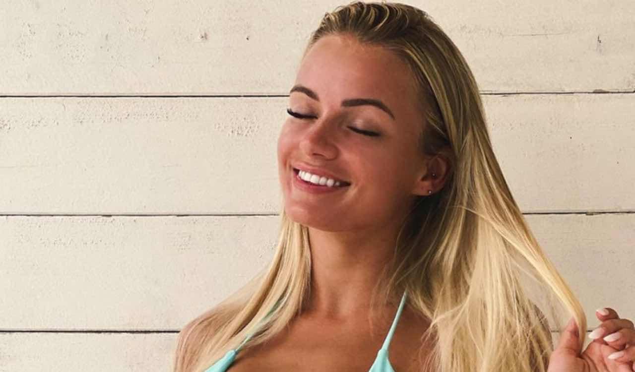 Mercedesz Henger in bikini