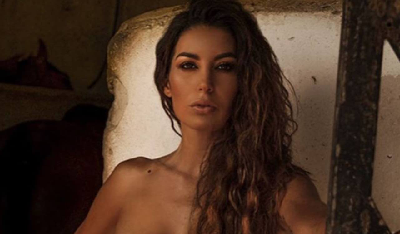 Elisabetta Gregoraci top rosso