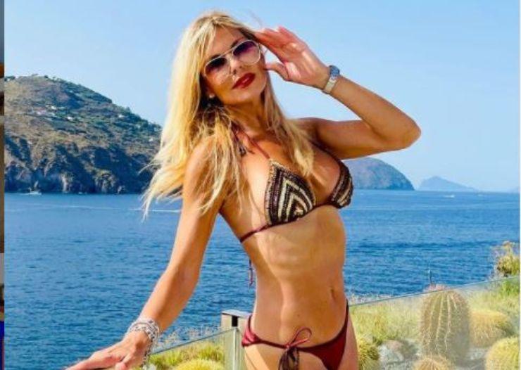 Matilde in bikini