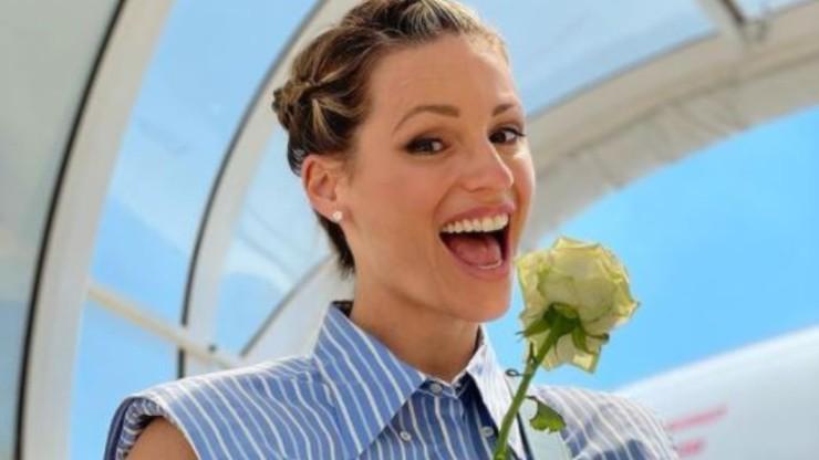 Michelle, allegra conduttrice televisiva