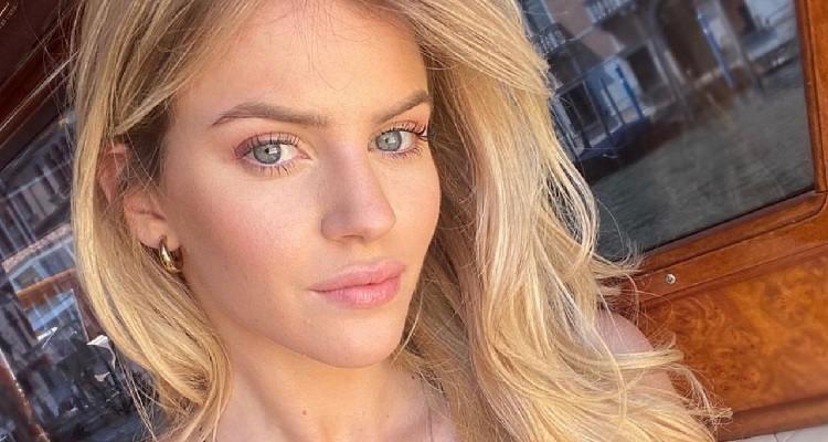 Sara Croce selfie