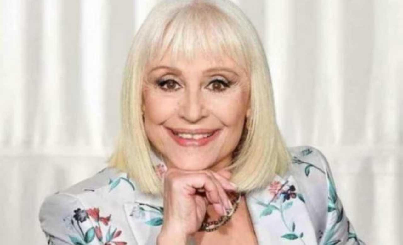 Raffaella Carrà primo piano