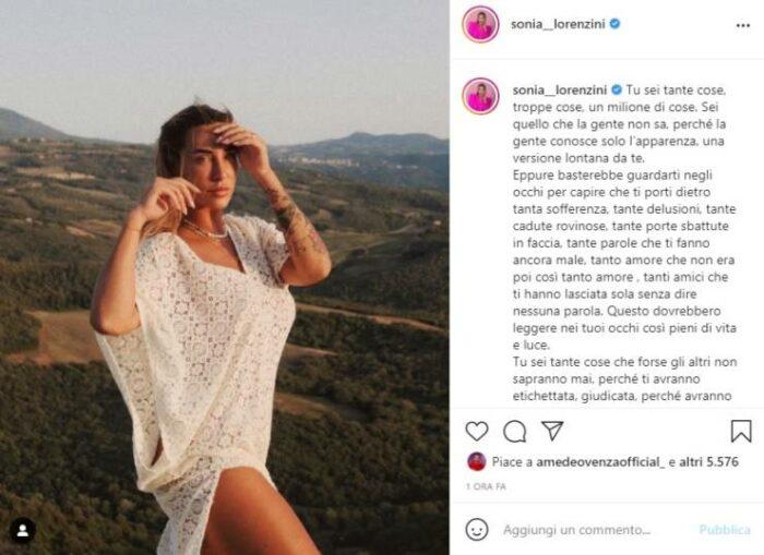 Sonia Lorenzini post Instagram