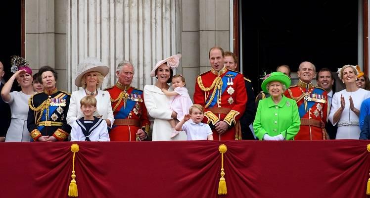 Famiglia Reale possibili lavori