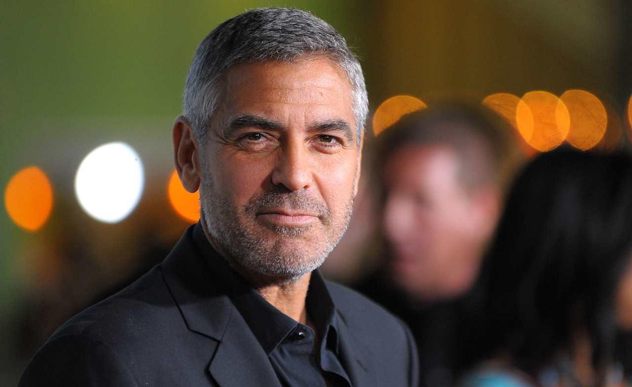 George Clooney sorriso
